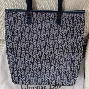 Dior Bags - CHRISTIAN DIOR LOGO TOTE BAG EXCELLENT